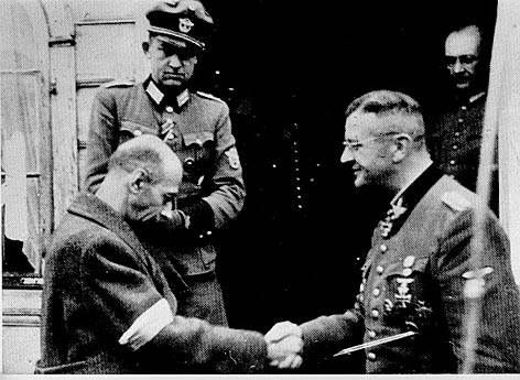 https://www.deutscheundpolen.de/bilder/453_General_Bor_Komorowski_und_Obergruppenfuehrer_von_d.jpeg